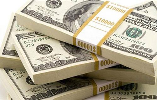 ارتفاع سعر الدولار بشكل مفاجئ ويصل لأعلي المستويات بالسوق السوداء