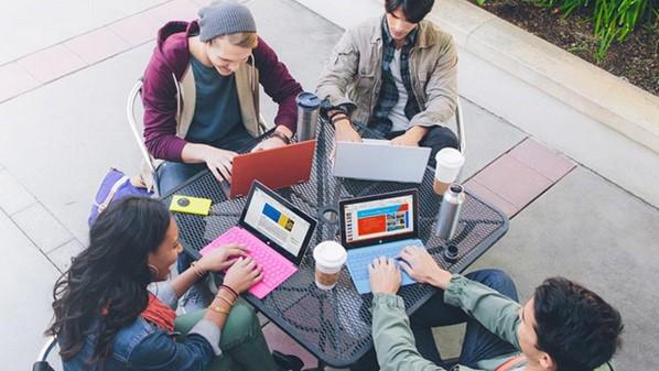 مايكروسوفت تتيح استخدام الاوفيس مجانا للطلاب والمدرسين