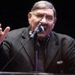 """مفيد فوزي يتهم المطالبون بالإنتخابات """"بالخيانة"""" ويطالب بعدم الحديث عن بديل"""