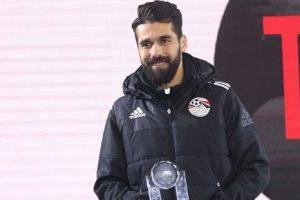 عبد الله السعيد لاعب الأهلي يفوز بلقب الأفضل في الدوري المصري